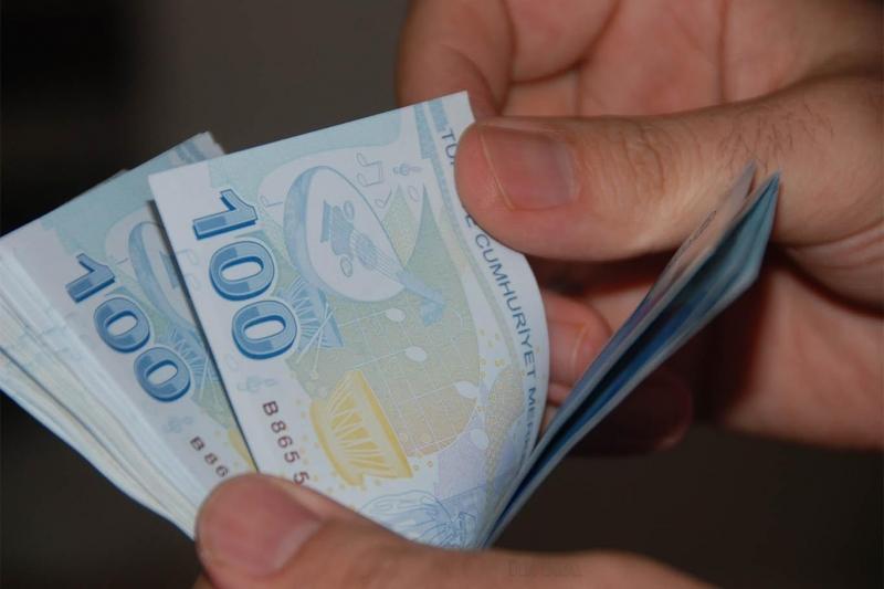 Bankalardan kamu personellerine müjde! 36 ay vade ile 100 bin TL kredi imkanı…