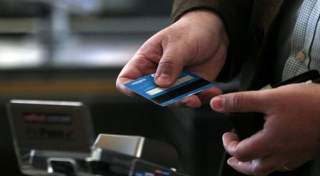 Kredi kartlarındaki temassız işlem limiti 90 lira oldu