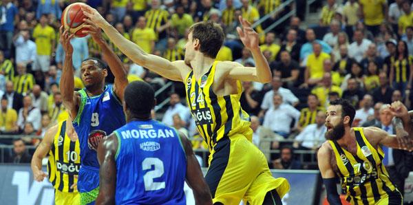 Basketbol Süper Lig'de Final Heyecanı Tam Gaz Gidiyor.