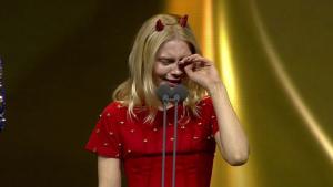Ünlü Şarkıcı Aleyna Tilki, Gözyaşlarına Boğuldu