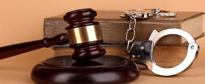 Ceza Davalarına Bakan Mahkeme