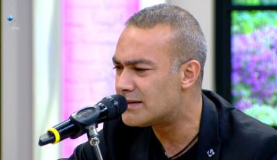 Mümin Sarıkaya, 'Ben Yoruldum Hayat' Şarkısını Nasıl Yazdığını Anlattı